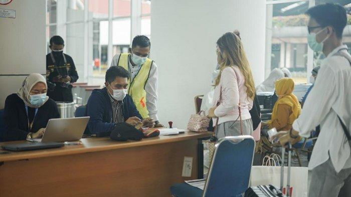 Airport Health Center di Bandara Soekarno-Hatta resmi membuka layanan prapesanan (pre-order service) untuk tes Covid-19 baik itu PCR Tes, rapid test antigen dan rapid test antibody, Senin (21/12/2020).