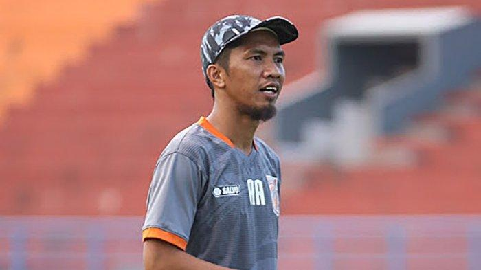 Ahmad Amiruddin, asisten pelatih tim Borneo FC Samarinda