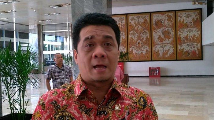 Mengaku Tak Berambisi, Ahmad Riza Patria Janji Tidak Ada Matahari Kembar Jika Dipilih Jadi Wagub DKI