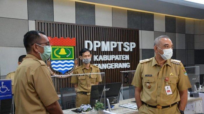 Bupati Tangerang Ahmed Zaki Iskandar Sidak Pelayanan Publik saat Hari Pertama Kerja