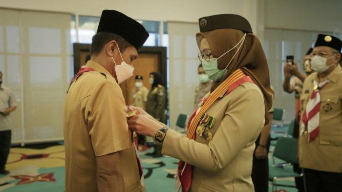 Jelang Pensiun Airin Rachmi Diany Melantik Pengurus Kwarcab Pramuka Tangsel