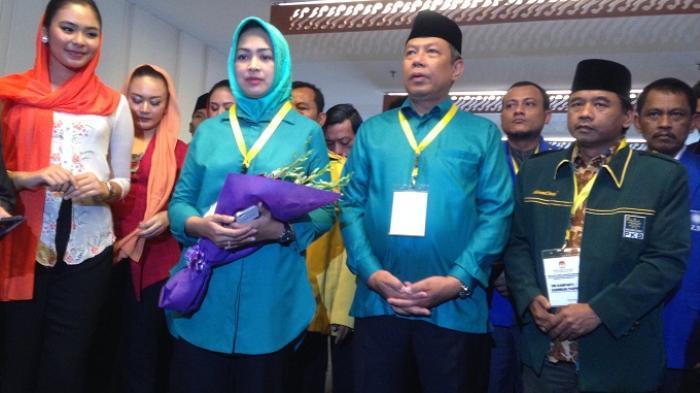Pakai Baju, Airin-Ben, Ketua DPRD Tangsel Langgar Etika