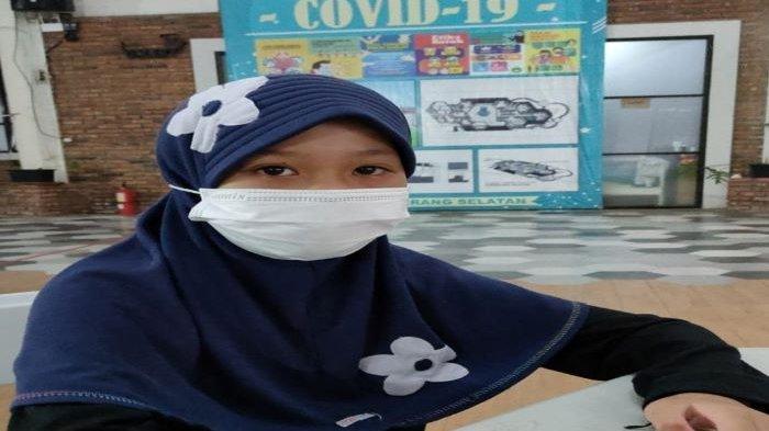 Bocah perempuan, Aisyah Alissa, hidup sebatang kara usai sang ibunda meninggal akibat Covid-19.