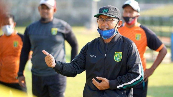 Pelatih Persebaya Aji Santoso Ingin PSSI Lakukan Pendekatan ke Polri