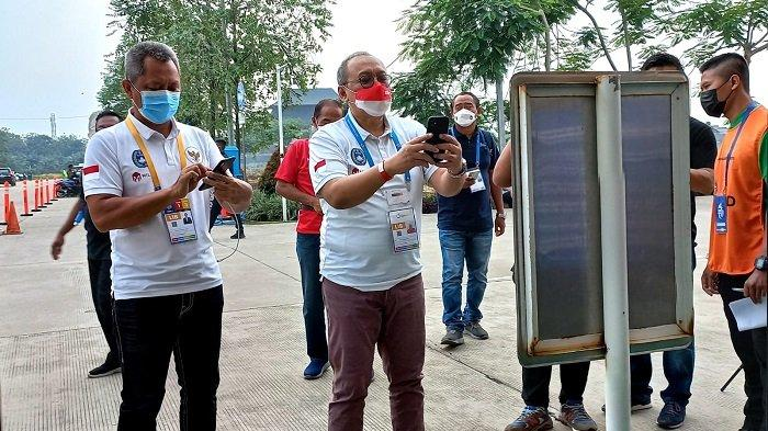 Jelang Laga Bhayangkara FC vs Persiraja, Petinggi PT LIB Hadian dan Sudjarno Memindai PeduliLindungi