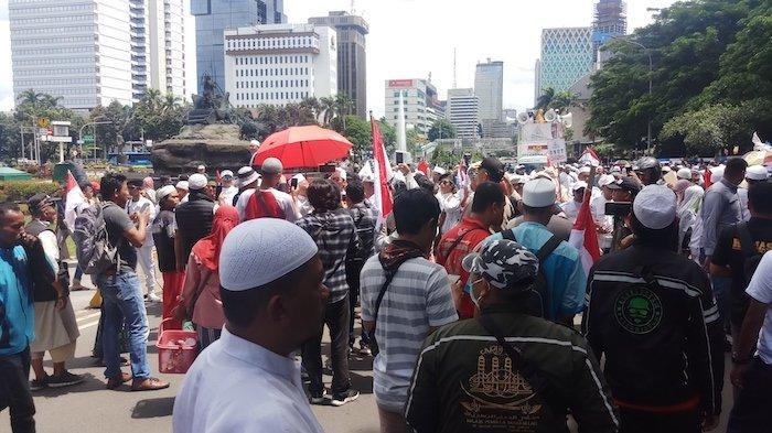 Kritik Usul Pajak Knalpot, Massa Aksi 212: Besok Jalan Kaki Jadi Pajak Sandal Jepit