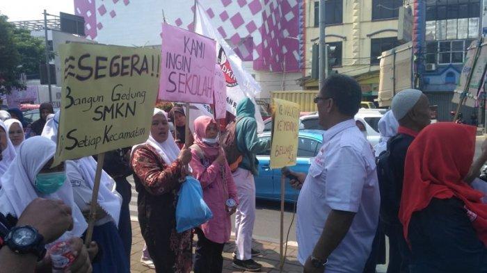 Tak Ditanggapi Mendikbud, 21 Siswa Miskin Korban PPDB Zonasi Akan Mengadu ke Presiden Jokowi