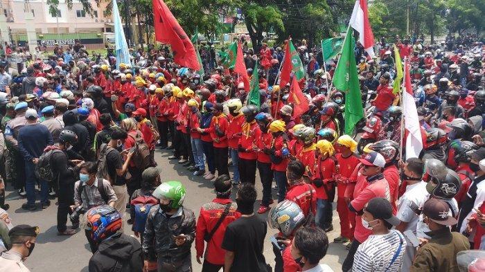 Mahasiswa yang Ikut Demo Tolak Omnibus Law Dijanjikan Dosennya Dapat Nilai A
