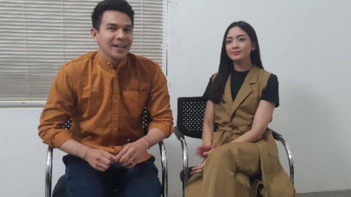 Jonathan Frizzy dan Ririn Dwi Ariyani saat ditemui di lokasi syuting