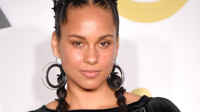 Alicia Key Pandu Grammy Award Tahun Depan