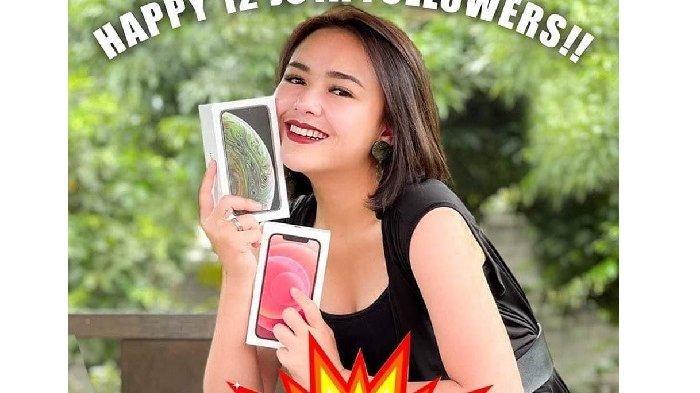 AMANDA Manopo Bagikan 100 Iphone Gratis, Tokoh Andin Sinetron Ikatan Cinta Juga Kasih Rp 1 M Tunai