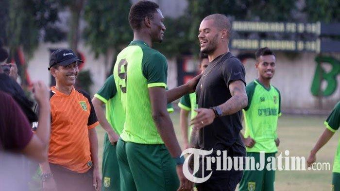 Djadjang Nurdjaman Akan Duetkan David da Silva dengan Amido Balde untuk Perkuat Lini Depan Persebaya
