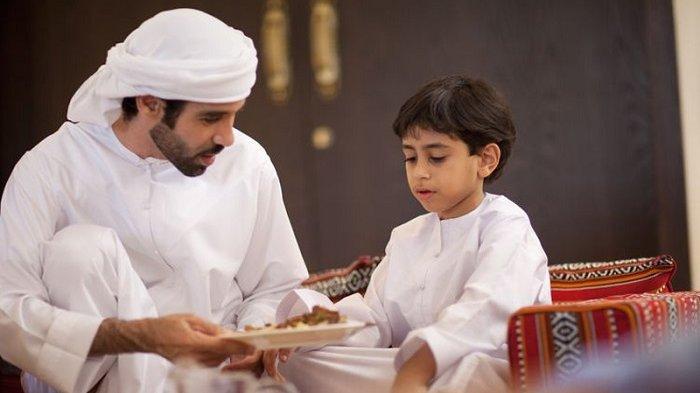 Jangan Anggap Remeh Sahur Saat Puasa Ramadhan, Ini Penjelasan dari Ustaz Adi Hidayat
