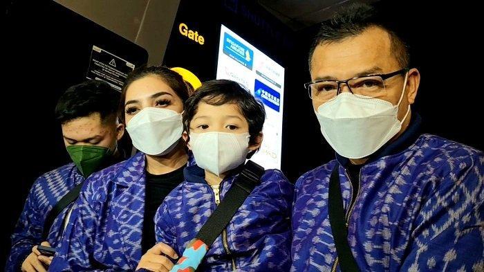 Anang Hermansyah dan Ashanty bersama anak-anaknya.