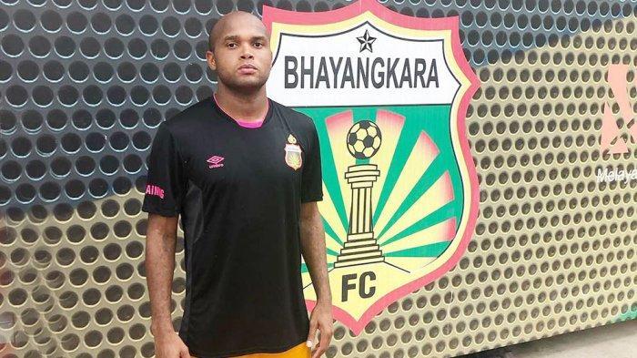 Anderson Salles bek asal Brasil bergabung kembali dengan tim Bhayangkara Solo FC dan menjadi andalan untuk lini belakang