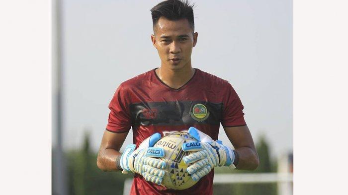 Angga Saputro Kiper Baru Borneo FC Pengganti Mochammad Dicky Indrayana yang Diputus Kontraknya