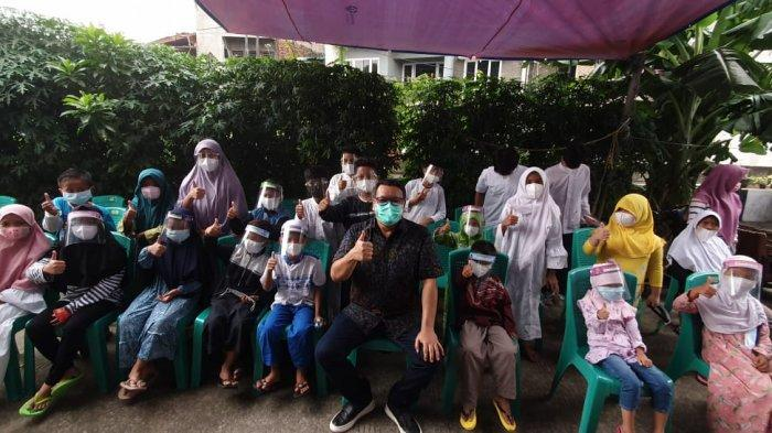 Awal Ramadan, Anggota DPR Komisi XI Eriko Sotarduga Beri Santunan Anak Yatim di Paseban
