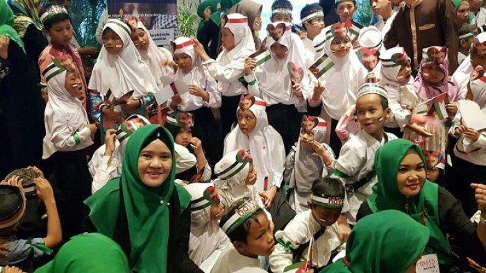 KGN JKS Nobar Film 'Hayya The Movie' bersama Anak Yatim di Studio XXI Epecentrum Walk