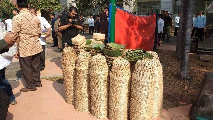 Harga Besek Bambu Rekomendasi Anies Baswedan Lebih Mahal Rp 1.500 Ketimbang Kantong Plastik Keresek