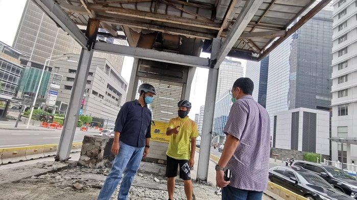 Halte Transjakarta Bundaran HI Hangus Terbakar Tetap Layani Penumpang, Ini Penjelasan Anies Baswedan