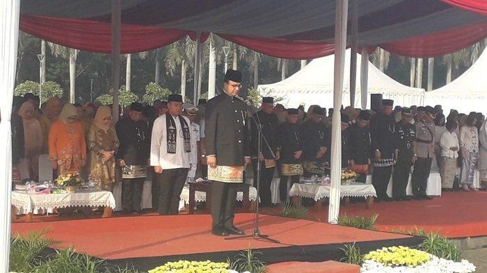 Pake Baju Betawi, Pegawai Pemprov DKI Upacara HUT Jakarta Ke-492
