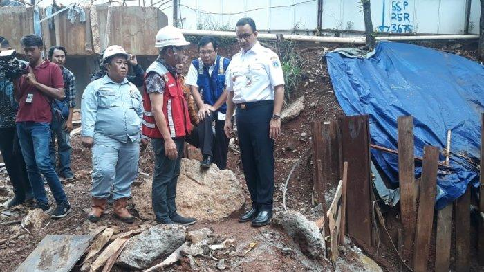 Anies Baswedan Tuding LRT Penyebab Banjir, Luhut: Jangan Nyalahin Orang, Ditanya Enggak Bisa Jawab