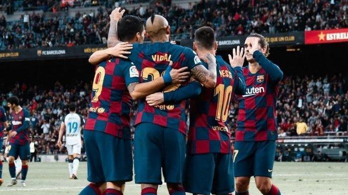 Barcelona Menang Telak Atas Deportivo Alaves, Luis Suarez Cetak Hatrik Assis