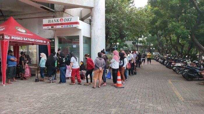 Bank DKI Minta Penerima BST Manfaatkan JakOne Mobile demi Hindari Antrean di ATM