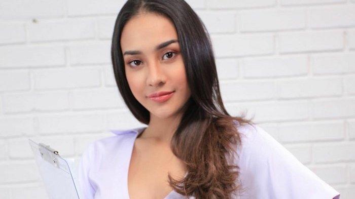 Anya Geraldine berperan sebagai perawat Linda yang membantu pekerjaan dr Boyke dalam serial World of Dr Boyke.
