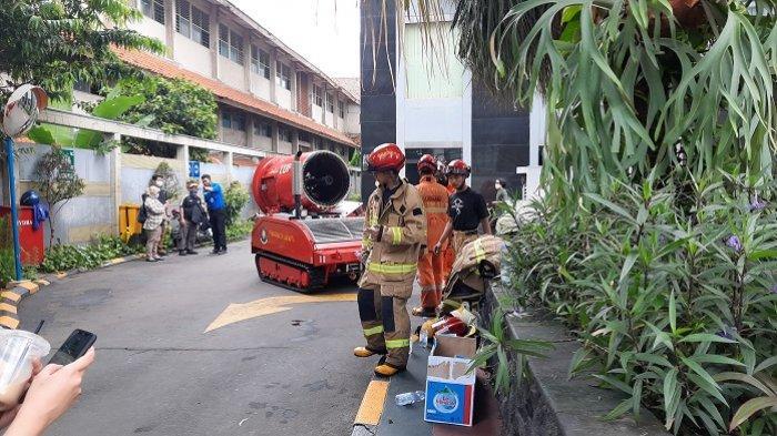 Apartemen Tamansari Sudirman Kuningan Kebakaran, Bau Asap Tercium hingga ke Lantai 20