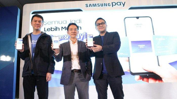 Tinggal Swipe Up & Pay, Transaksi DANA dan GoPay pun jadi Lebih Mudah di Samsung Pay