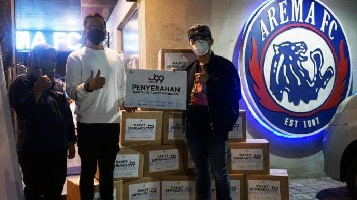 Rayakan Hari Jadi ke-34 dan Sambut Liga 1 2021, Tim Arema FC Memberikan Bantuan 1.000 Paket Sembako