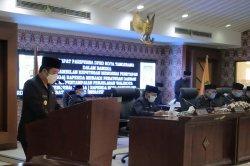 Arief R Wismansyah Sampaikan Jawaban Terkait Tiga Raperda Kota Tangerang