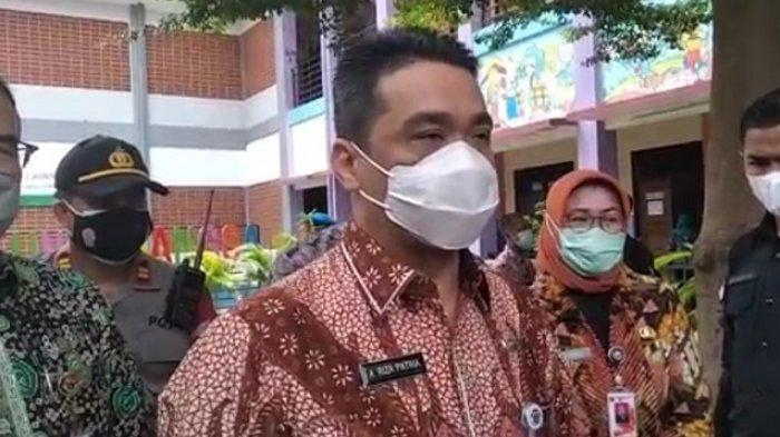 Bantuan Sosial Tunai Disunat Oknum RT-RW Rp 20.000-Rp 30.000, Wagub DKI Riza Patria: Silakan Lapor