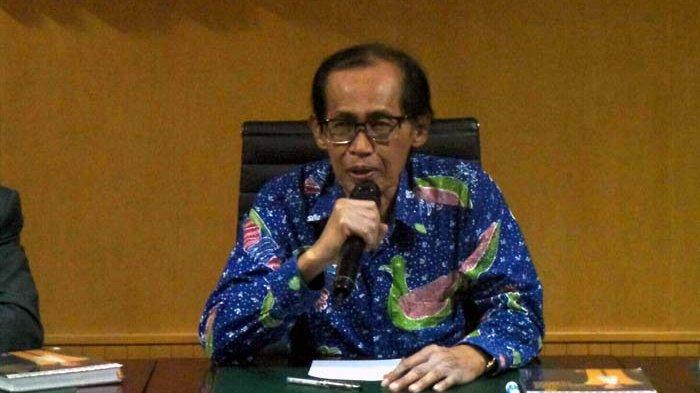 BREAKING NEWS: Anggota Dewan Pengawas KPK Artidjo Alkostar Meninggal Dunia