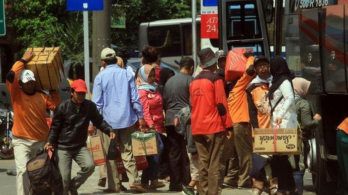 BERITA FOTO: Begini Penampakan Arus Balik di Terminal Kampung Rambutan