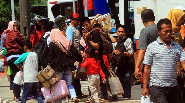 Kabar Sopir Bus AKAP Positif Covid-19, Terminal Kampung Rambutan Perketat Pengawasan Virus Corona