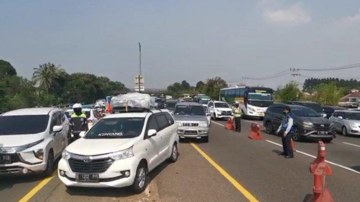 Jasa Marga Berlakukan Contraflow Mulai KM 65 Hingga KM 47 Jalan Tol Jakarta-Cikampek arah Jakarta
