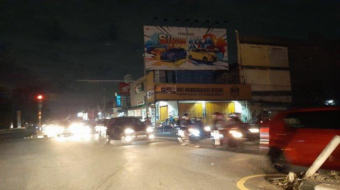 Traffic Update: Arus Lalu Lintas di Jalan Raya Bogor Jakarta Timur Malam Ini Ramai Lancar