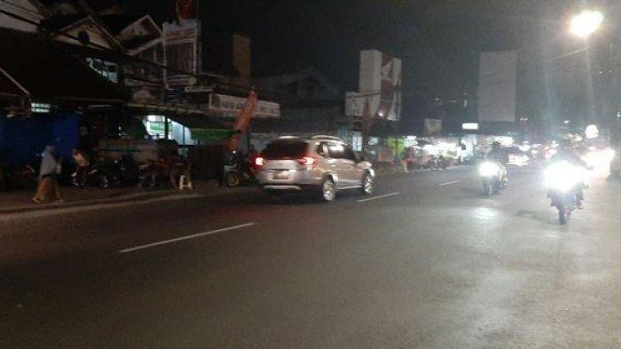 Jelang New Normal, Arus Lalin di Jalan Karang Tengah Raya Ramai Lancar