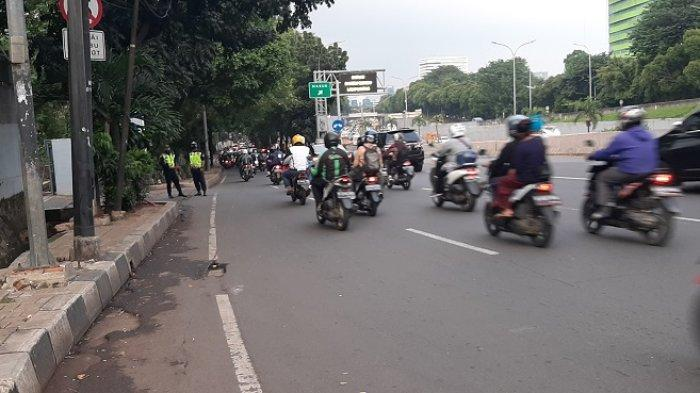 VIDEO TRAFFIC UPDATE: Arus Lalin di Jalan TB Simatupang Ramai Lancar