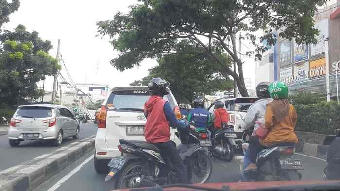 Lalu Lintas Jalan Margonda Raya Ramai Lancar Pukul 16.30, Sementara Tol Cijago Sepi
