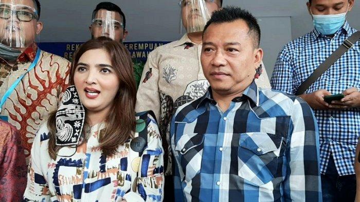 Ashanty dan Anang Hermansyah di Direktorat Reserse Kriminal Umum Polda Metro Jaya, Semanggi, Jakarta Selatan, Jumat (7/8/2020).