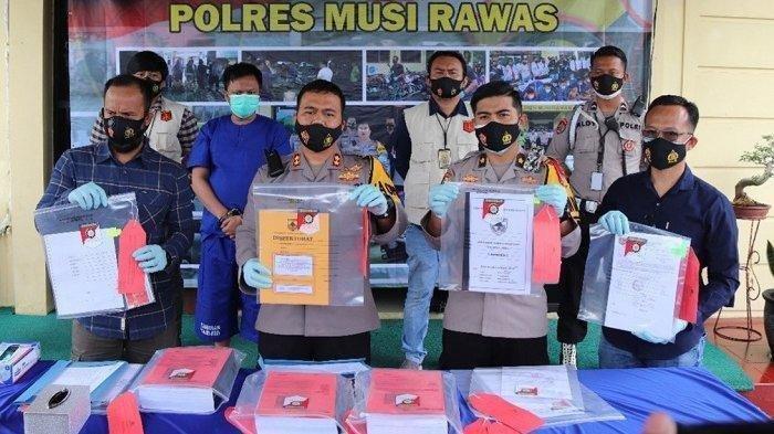 Kades Askari Korupsi Dana Bansos Rp187,2 Juta, Dipakai Judi dan Sewa PSK, Kini Terancam Hukuman Mati