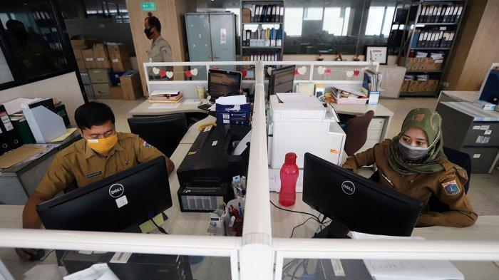 Ini 11 Bidang Usaha yang Diperbolehkan Tetap Bekerja di Kantor, saat PSBB Jakarta Diberlakukan lagi