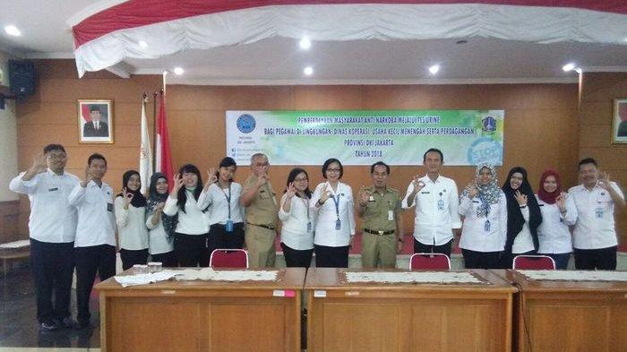 228 Pegawai Dinas Koperasi dan UMKMP Jalani Tes Urine Dadakan