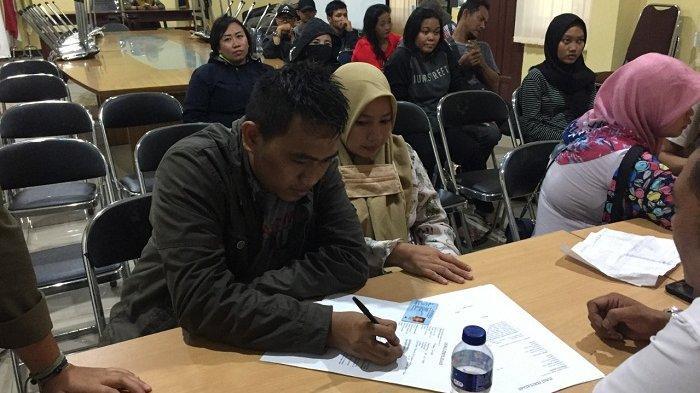 Pasangan Mahasiswi Ditangkap Satpol PP Saat Asyik Berduaan di Hotel Tangerang