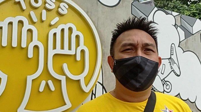 Augie Fantinus Fokus Berbisnis Buka Toko Roti Isi ke-2 Berlabel Toss di Depan Terminal Rawamangun