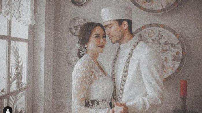Terungkap, Aura Kasih Unggah Foto-foto Pernikahannya di Instagram Awal Tahun 2019