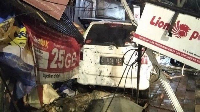 Avanza Seruduk Kios dan Rumah Warga.di Tanah Abang, Satu Pemotor Meninggal